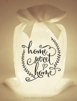 Pochon lumineux home sweet home tissu blanc lumière chaude motif noir