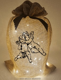 Pochon lumineux angelots tissu beige lumière chaude motif noir